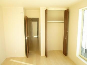 2階洋室7帖3