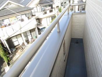 3階バルコニーB4
