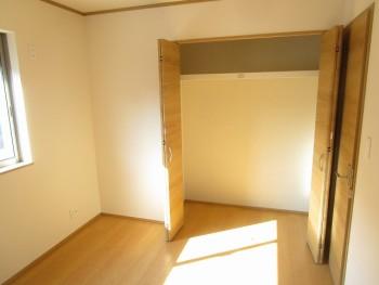 2階洋室5.1帖2